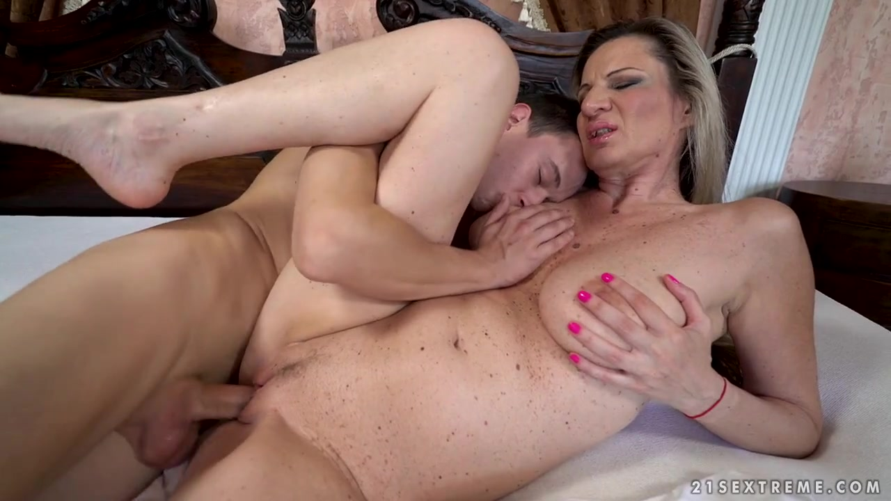 Mature pussy on young cock
