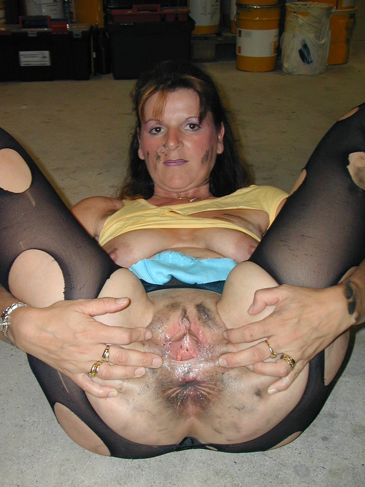 Mature with unwashed pussy pictures