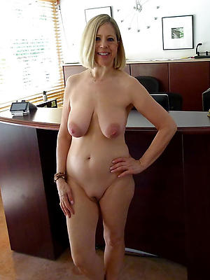 Saggy boob mature pictures